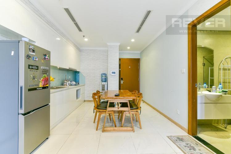 Phòng ăn và bếp căn hộ VINHOMES CENTRAL PARK Bán hoặc cho thuê căn hộ Vinhomes Central Park 1PN, tầng cao, đầy đủ nội thất, view nội khu và thành phố