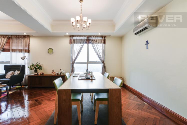 Phòng Ăn Căn hộ The Manor 4 phòng ngủ tầng cao tháp G đầy đủ tiện nghi