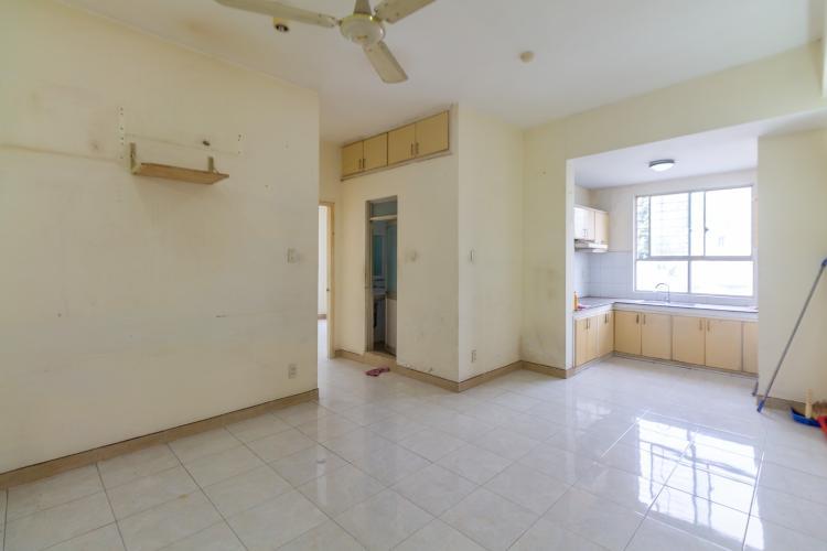 Căn hộ chung cư Ngô Gia Tự view thoáng mát, nội thất cơ bản.