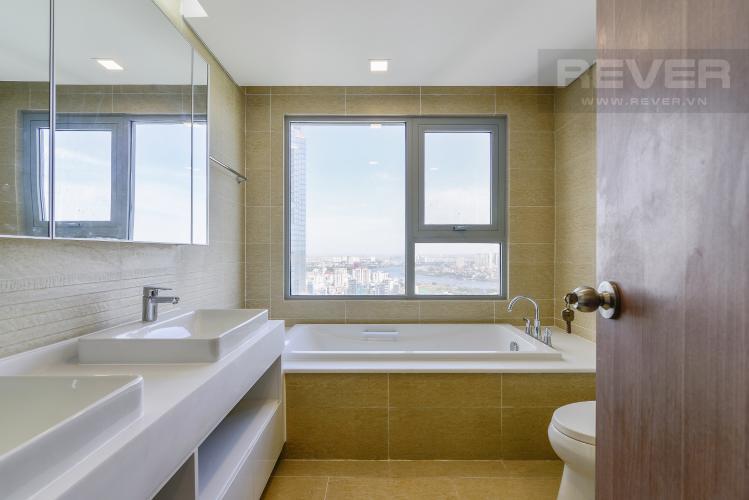 Phòng Tắm 2 Căn hộ Vinhomes Central Park 4 phòng ngủ tầng cao P4 view sông