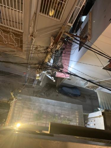 Đường nhà phố Nhà phố Quận 4 hướng Nam gồm 1 trệt 1 lầu, diện tích đất 49m2.