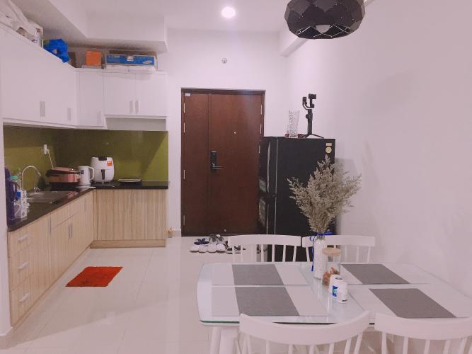 Phòng bếp Carillon 5, Tân Phú Căn hộ Carillon 5 tầng cao, ban công hướng Tây Nam, thiết kế hiện đại.