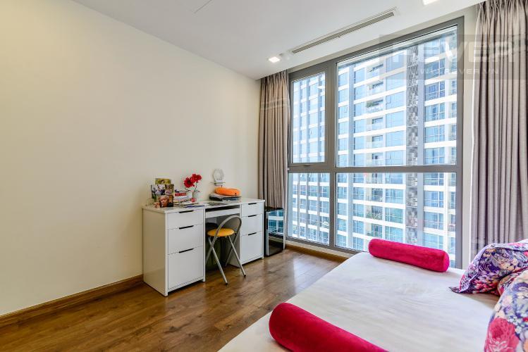 Phòng Ngủ 2 Căn hộ Vinhomes Central Park tầng trung view sông 2PN, full nội thất