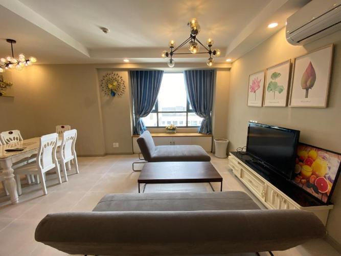 Cho thuê căn hộ The Gold View đầy đủ nội thất sang trọng, nổi bật.