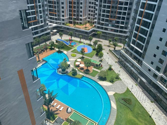 Cho thuê căn hộ view hồ bơi Safira Khang Điền tầng thấp, diện tích 63m2.