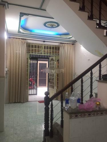 Phòng khách nhà phố Quận 12 Nhà phố hướng Đông Bắc khu dân cư an ninh, hẻm 4m.
