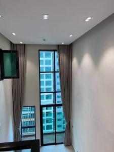 Căn hộ duplex Feliz En Vista tầng 18, nội thất hoàn thiện.