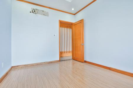 Căn góc Phú Hoàng Anh tầng trung B2, 3 phòng ngủ, chưa có nội thất