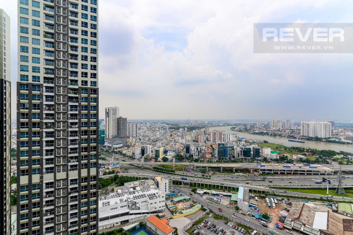 _DSC3997 Cho thuê căn hộ Vinhomes Central Park 2PN, tháp Landmark 81, nội thất cơ bản, là căn góc, view Xa lộ Hà Nội