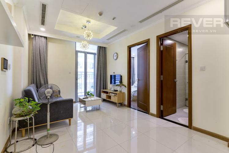 Phòng Khách Bán căn hộ Vinhomes Central Park 1PN, tháp Landmark 6, đầy đủ nội thất, view hồ bơi