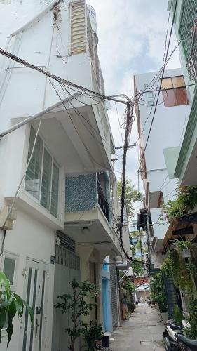 Bán nhà hẻm đường Cô Giang, Q.1 cách cầu Ông Lãnh 500m.