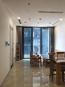 Cho thuê căn hộ officetel Vinhomes Golden River 2PN, đầy đủ nội thất, view sông Sài Gòn