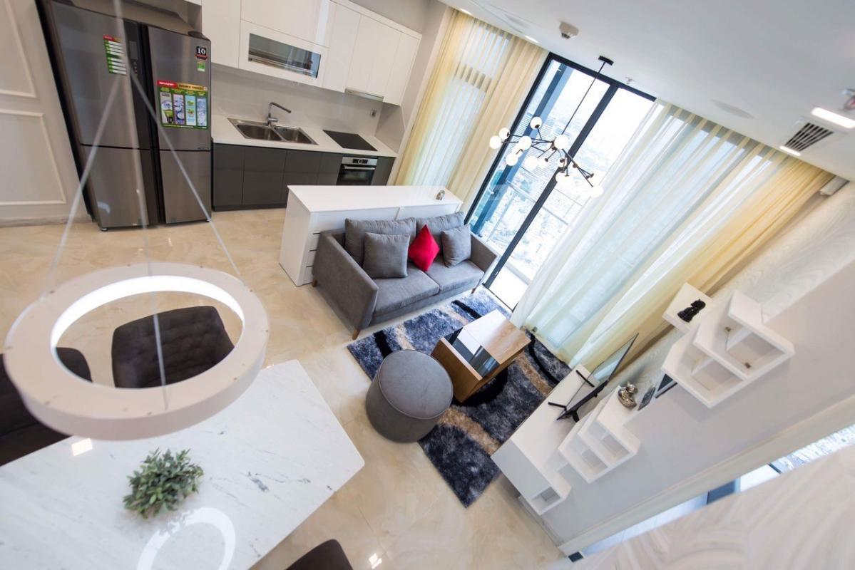 3 Cho thuê căn hộ Vinhomes Golden River 2PN, tầng cao, đầy đủ nội thất, view sông và Landmark 81