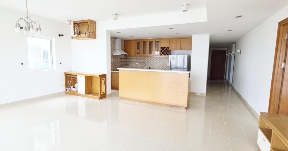 Phòng khách căn hộ River Garden, Bán căn hộ số 3 tầng cao dự án River Garden, nội thất cơ bản