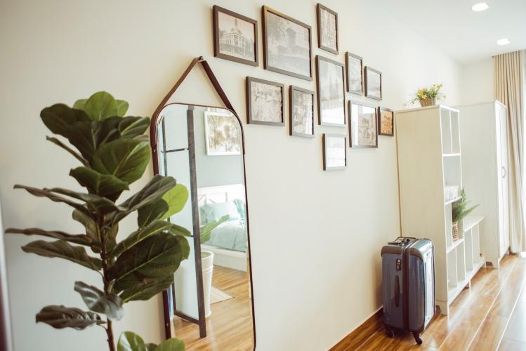 Phòng khách căn hộ OT Masteri Millennium Căn hộ Masteri Millennium đầy đủ nội thất, view sông và thành phố.