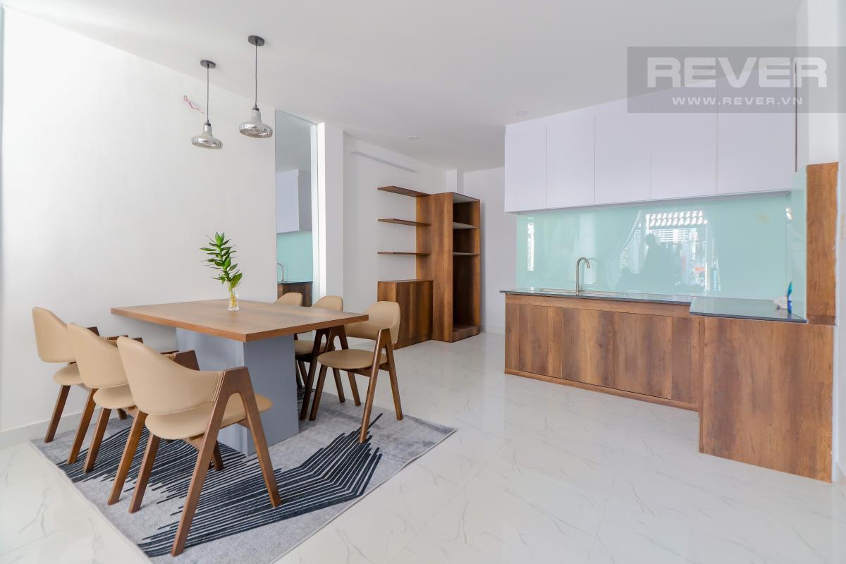 Phòng ăn và bếp tầng trệt Bán nhà phố Quận 7, diện tích đất 51m2, đầy đủ nội thất, sổ hồng chính chủ, cách Vòng xoay Tân Thuận 300m
