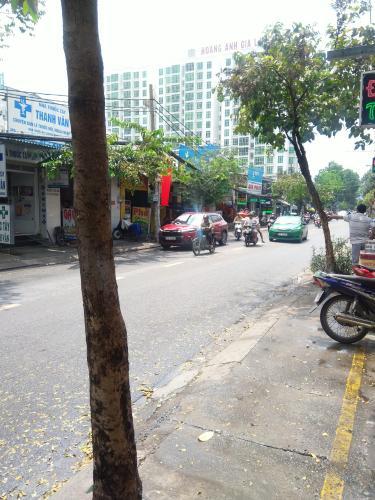 Vỉa hè đường Lê Văn Lương, Quận 7 Mặt bằng kinh doanh Lê Văn Lương quận 7 - vị trí đẹp