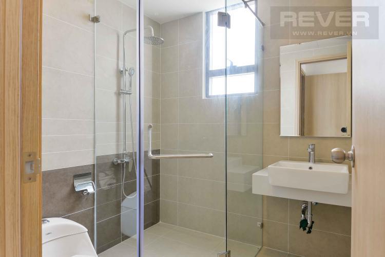 Toilet 1 Bán căn hộ The Sun Avenue 2PN, block 4, không nội thất, view nhìn về hướng Đảo Kim Cương và Thạnh Mỹ Lợi