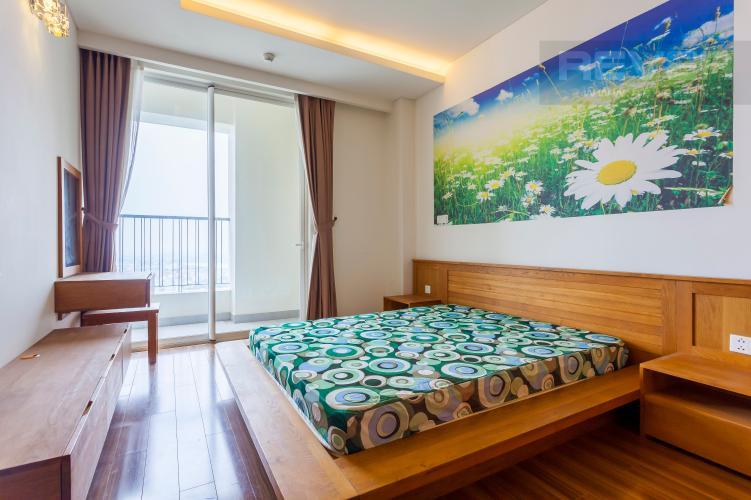 Phòng ngủ 1 Căn hộ Thảo Điền Pearl tầng cao tháp A ban công rộng, view trực diện sông
