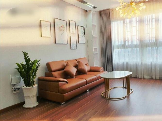 Căn hộ The Hyco4 tầng  trung, view sông thoáng mát, đầy đủ nội thất.
