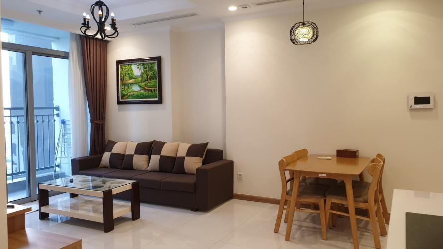 can-ho-vinhomes-central-park Cho thuê căn hộ Vinhomes Central Park 2PN, tầng cao, đầy đủ nội thất, view hồ bơi và đường Nguyễn Hữu Cảnh