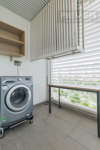 Logia Cho thuê căn hộ Sarina Condominium 3PN, tầng thấp, đầy đủ nội thất, hướng Đông Nam đón gió