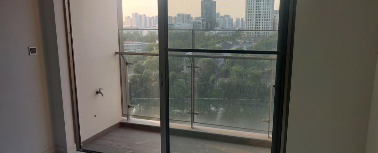 ban công căn hộ midtown Căn hộ Phú Mỹ Hưng Midtown thiết kế hiện đại, view thành phố.