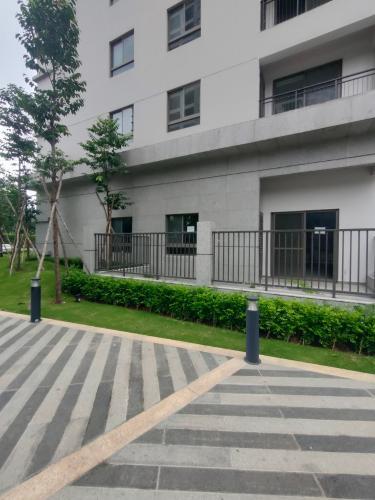 view Saigon South Residence Cho thuê Shop-house hướng Tây, không nội thất Saigon South Residence