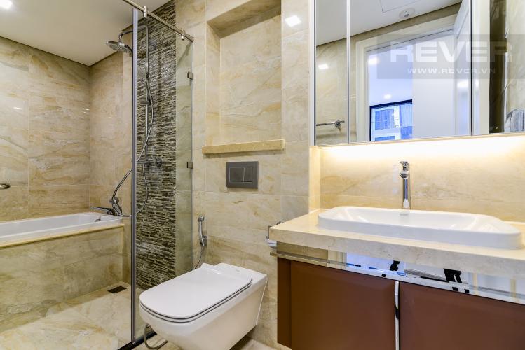 Phòng Tắm 2 Căn hộ Vinhomes Golden River 2 phòng ngủ tầng cao A3 hướng Đông Bắc