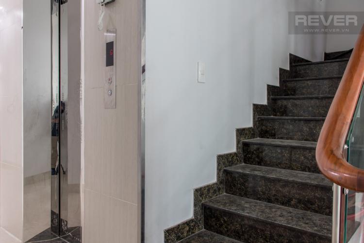 Thang Máy & Thang Bộ Bán nhà phố KDC Nam Long Quận 7, 8 phòng ngủ, diện tích đất 130m2, sổ hồng chính chủ