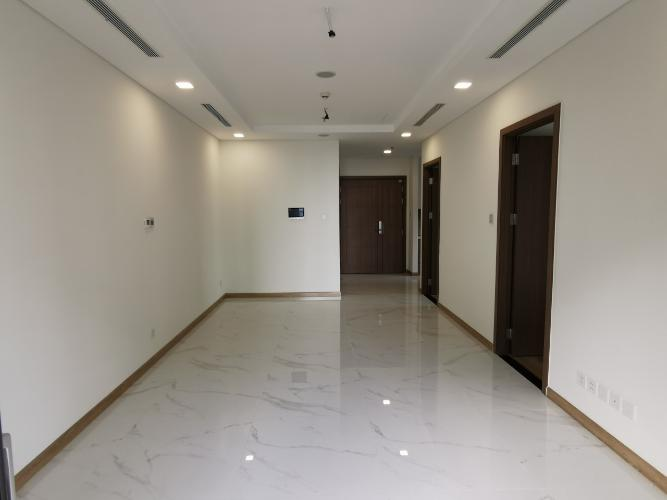 Phòng ngủ Sunwah Pearl, Bình Thạnh Căn hộ Sunwah Pearl tầng trung, ban công hướng Đông Nam.
