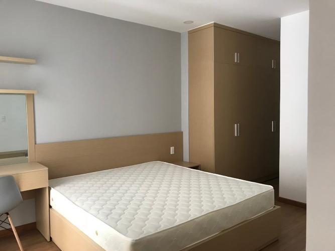 Phòng ngủ căn hộ Kingston Residence Căn hộ Kingston Residence tầng 10 hướng Bắc, nội thất đầy đủ.