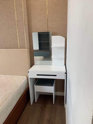Phòng ngủ căn hộ Luxcity Căn hộ LuxCity view thành phố thoáng mát, đầy đủ nội thất.