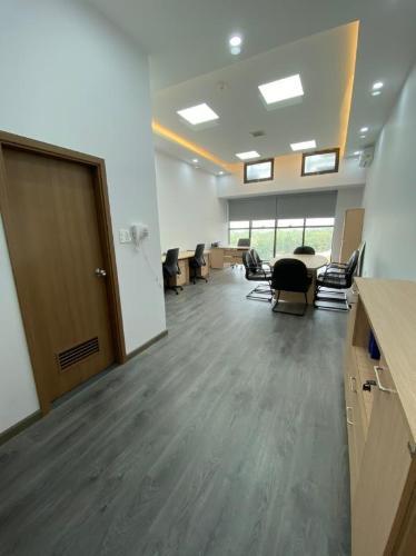 Cho thuê officetel The Sun Avenue, diện tích 44.1m2 - 1 phòng ngủ, đầy đủ nội thất văn phòng