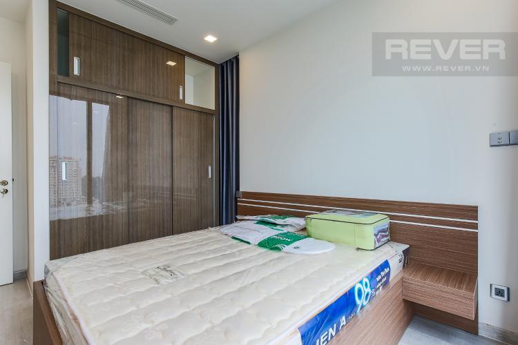 Phòng Ngủ 1 Căn hộ Vinhomes Golden River tầng thấp 2 phòng ngủ tòa Aqua 3, nội thất đầy đủ