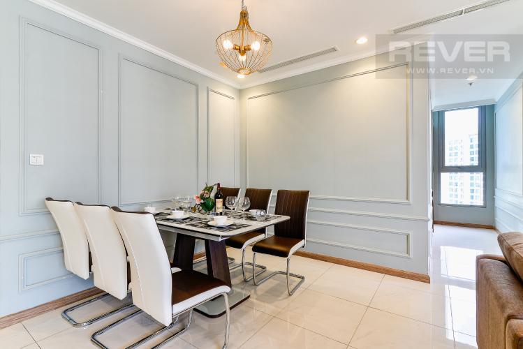 Phòng Ăn Căn hộ Vinhomes Central Park 2 phòng ngủ tầng cao C3 hướng Đông