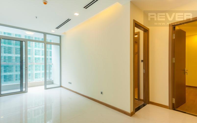 Phòng khách Căn hộ Vinhomes Central Park 2 phòng ngủ tầng cao P1 nhà trống