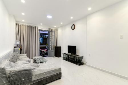 Cho thuê nhà hẻm 2 tầng, đường Mạc Đĩnh Chi, Quận 1, đầy đủ nội thất, cách Hồ Con Rùa 800m