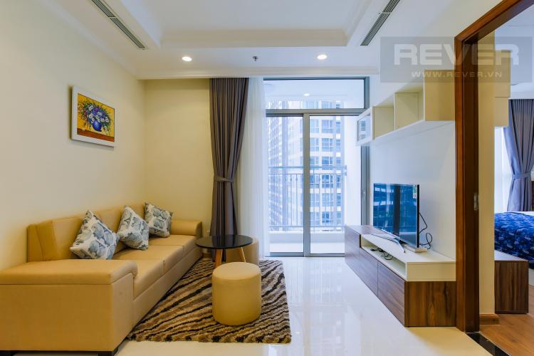 Phòng Khách Căn hộ Vinhomes Central Park tầng cao Landmark 1 nội thất mới, tiện nghi đầy đủ