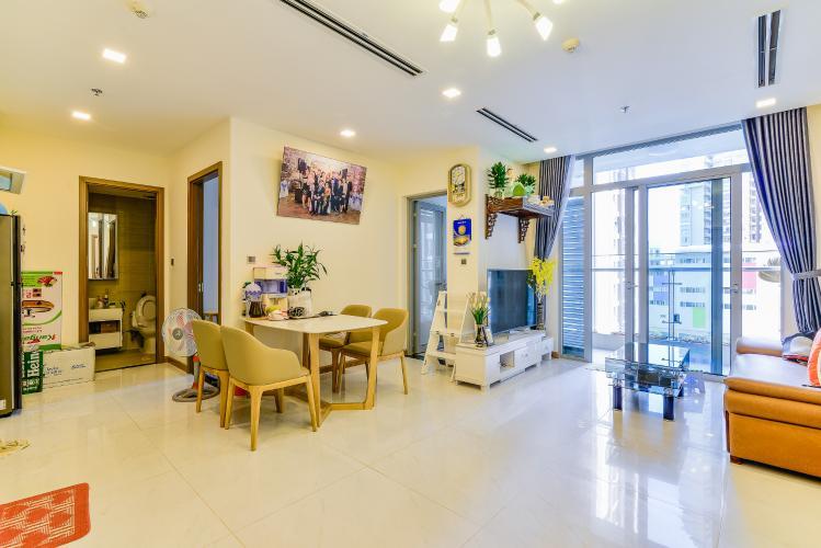 Căn hộ Vinhomes Central Park 2 phòng ngủ tầng thấp P1 nội thất đầy đủ