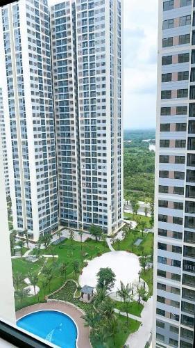 View Vinhomes Grand Park Quận 9 Căn hộ Vinhomes Grand Park tầng 19, nội thất cơ bản.