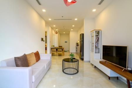 Cho thuê căn hộ Vinhomes Golden River 1PN, tầng cao, tháp The Aqua 1, đầy đủ nội thất, view sông Sài Gòn thoáng mát