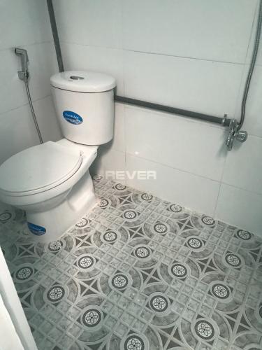 Phòng tắm nhà phố Bình Trưng Đông, quận 2 Nhà phố hẻm xe hơi, hướng Đông Nam thoáng mát, khu dân cư an ninh.