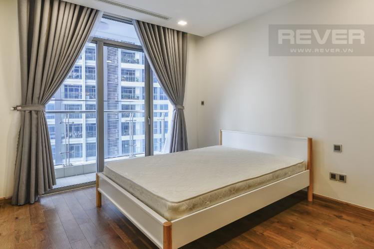 Phòng Ngủ 1 Căn hộ Vinhomes Central Park tầng thấp Park 2 view hướng sông