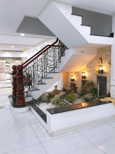 Nội thất nhà phố Nguyễn Bỉnh Khiêm, Gò Vấp Nhà phố mặt tiền Gò Vấp, thích hợp kinh doanh, mở văn phòng.