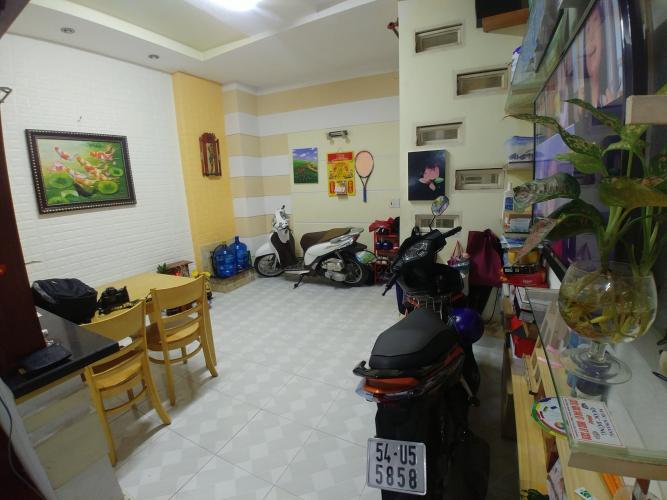 Bán nhà phố 2 tầng hẻm xe máy đường Trần Xuân Soạn, Quận 7