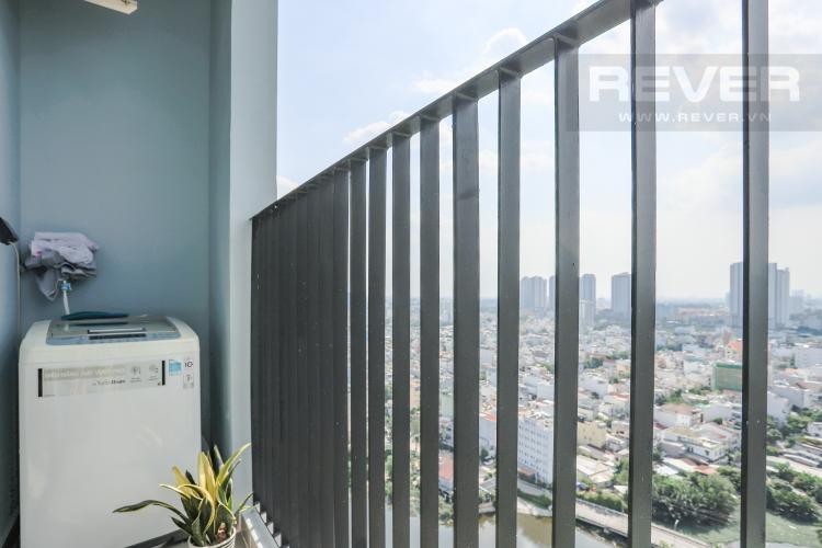 Ban Công 2 Căn hộ M-One Nam Sài Gòn tầng cao 3PN nội thất đầy đủ, có ban công