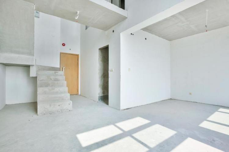 Duplex Vista Verde tầng thấp, tháp T2, 2 phòng ngủ, view hồ bơi