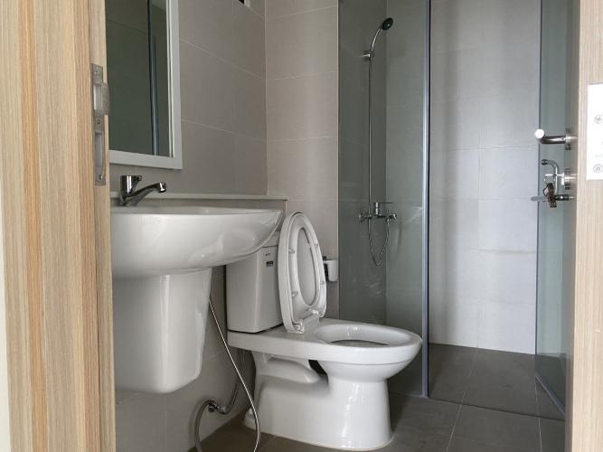 Phòng tắm Safira Khang Điền, Quận 9 Căn hộ Safira Khang Điền tầng trung, ban công hướng Tây Nam.