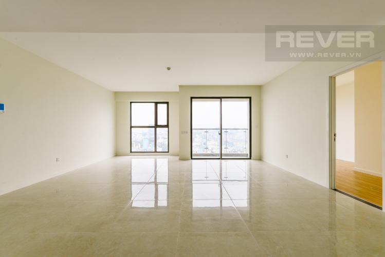 Phòng khách Căn hộ Masteri Millennium tầng trung, block A, 4 phòng ngủ, view sông, Quận 4